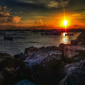 Sunset by Budi Wahono - Instagram & Mobile Android