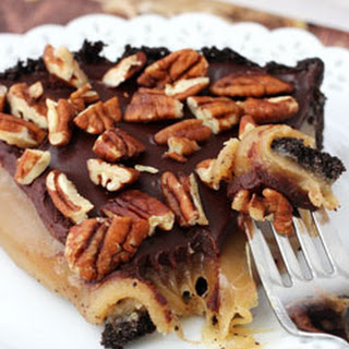 Caramel Turtle Pie