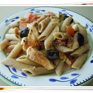Pasta with Chicken and Olive Paste