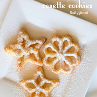Christmas Rosette Cookies.