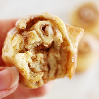 Quick & Easy Mini Cinnamon Rolls.