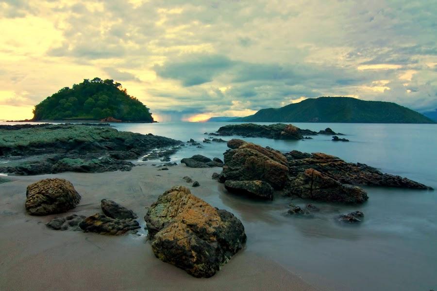 Wadu Jao Colour by Erwan Setyawan - Landscapes Beaches ( jao, dompu, wadu )