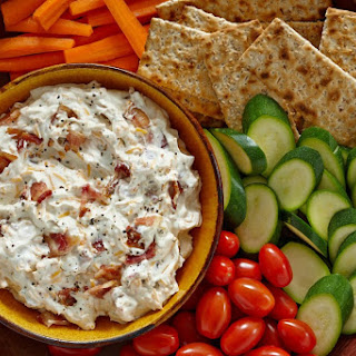 Hidden Valley Bacon & Cheddar Dip.