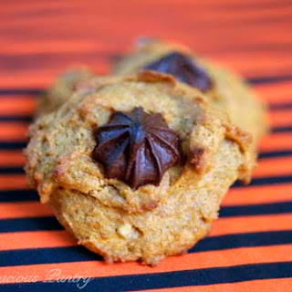 Clean Eating Chocolate Chip Walnut Pumpkin Cookies