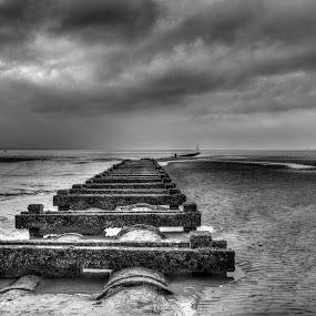 Crosby Beach by Simon Sweetman - Black & White Landscapes ( sky, crosby, sea, jetty, beach )