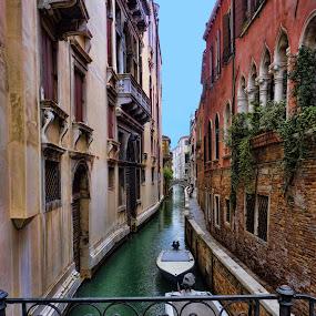 Venice canal by Stefano Landenna - City,  Street & Park  Vistas ( venice, boat, italy, canal )