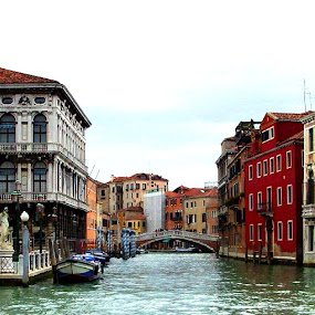 There's no-one around by Shona McQuilken - City,  Street & Park  Historic Districts ( water, houses, venice, bridge, boat, italy, canal, river )