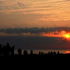 people by Baha mustafa BARAN - Landscapes Sunsets & Sunrises ( red, sunset, d90, nikon, landscapes, people, sun, black )
