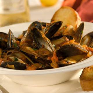 Mediterranean Mussels With Wine.