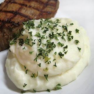 Creamy Roasted Garlic Mashed Potatoes.