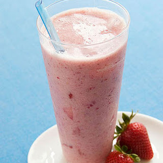 Strawberry Banana & Flax Smoothie.