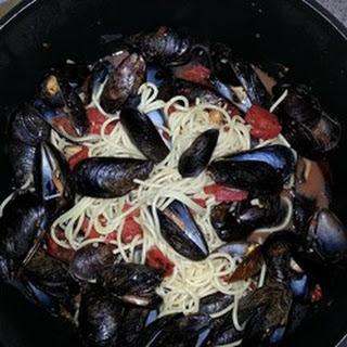 Mussels Marinara di Amore.