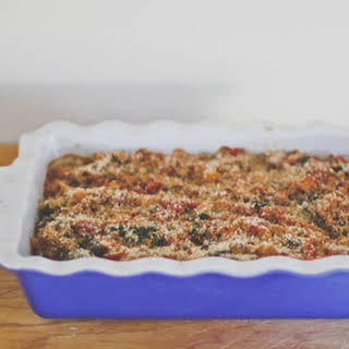 "Baked Bulgur, Spinach and Tomato ""Hot Dish""."