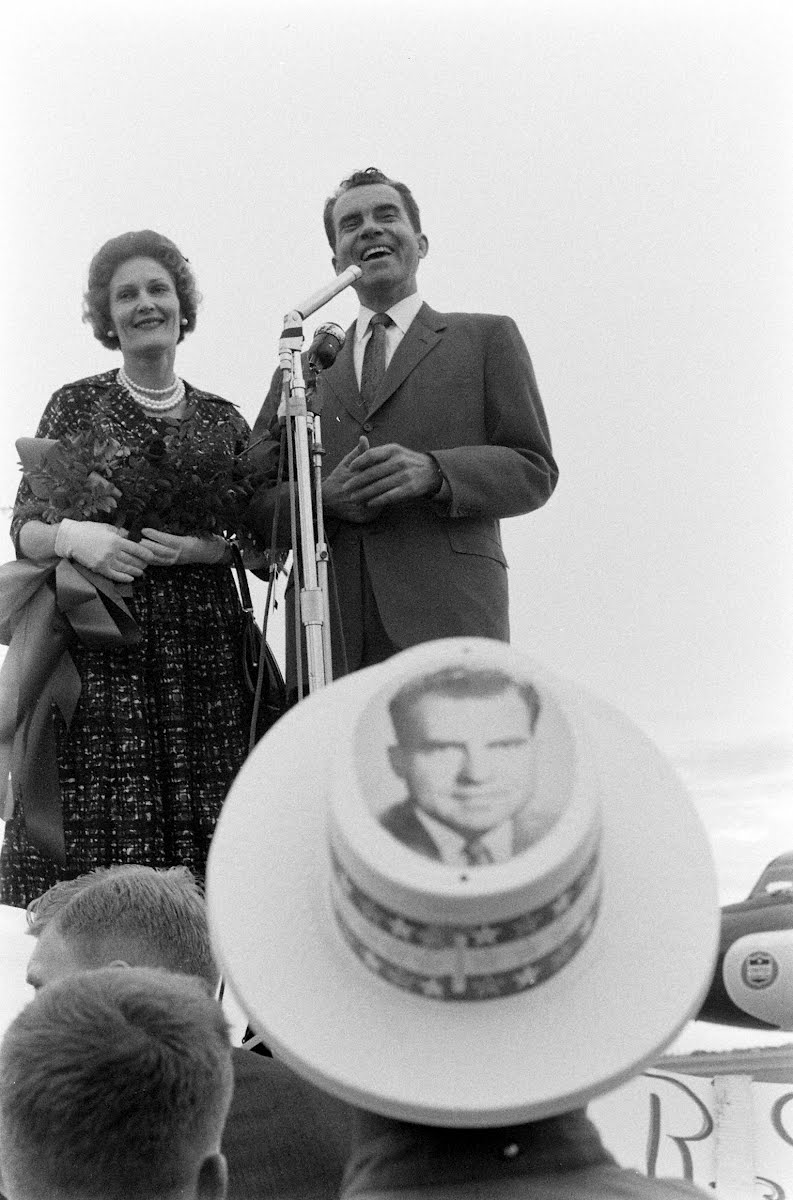 Nixon In Texas, N.D. And S.D.