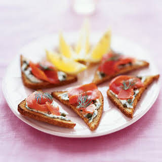 Pumpernickel Toasts With Smoked Salmon and Horseradish Cream.