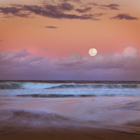 Rising moon by Rick Sherwin - Landscapes Waterscapes ( moon rise, moving surf, full moon, sunset colors, surf )