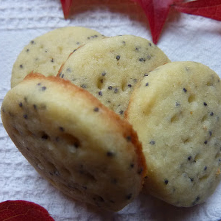 Lime and Poppyseed Shortbread Cookies