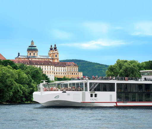 Viking-Longship-in-Melk - Discover the beauty of Austria's historic town Melk on a river cruise aboard the Viking Freya cruise ship.