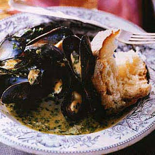 Mussels with Parsley and Garlic.