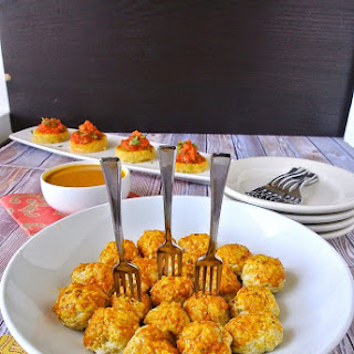 Mini Indian meatballs with curry coconut sauce.
