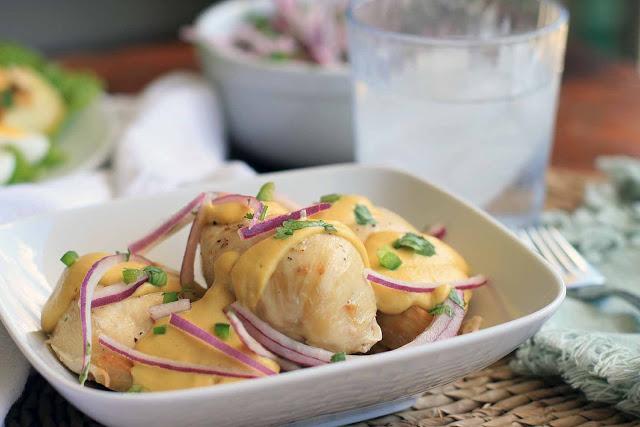 Pollo Con Salsa De Quinua a La Huancina- Peruvian Chicken with Quinoa, Cashew and Goat Cheese Sauce Recipe