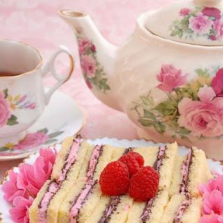 POUND CAKE TEA SANDWICHES.