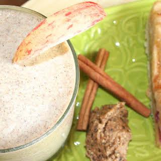 Healthy Apple Pie Smoothie.