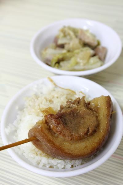 [食記] 彰化 魚市場爌肉飯
