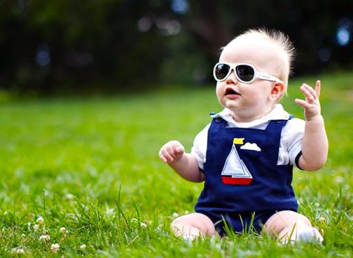 ac85660bbb Gafas para bebés: protege a tu bebé de la radiación solar y otras amenazas  | Blickers