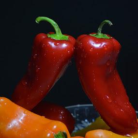 Red Pepper by Sathyanarayanan Shanmugam - Food & Drink Fruits & Vegetables ( red pepper,  )