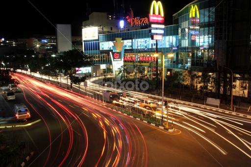 Balikpapan Plaza Intersection Night City Street Park Pixoto