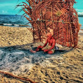 THE OLD FISHERMAN by Alief N Ardiansyah - People Street & Candids ( old, beach, men, fisherman, activity )