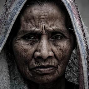 old woman by Haris Fallin - People Portraits of Women