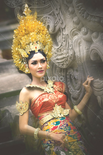 Balinese Traditional Wedding Dress By Dika Bali Bride Groom