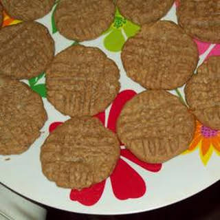 Really Basic Peanut Butter Cookies.