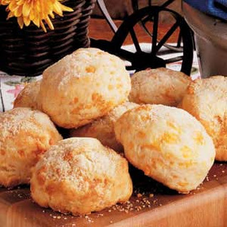 Cheesy Drop Biscuits.