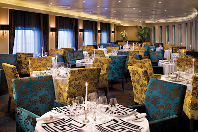 Experience sublime French cuisine in the elegant atmosphere of Signatures Restaurant.