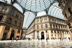 Cruise Italy and explore Naples, internationally famous for its art, architecture, cuisine and wine.