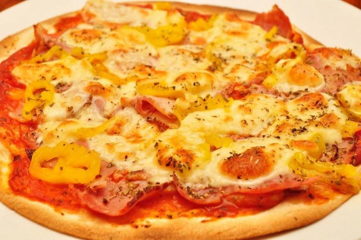 Ham, Caramelized Onion, & Gruyere Pizza Recipe