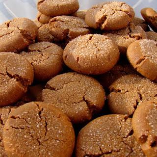 Gewurzplatzchen (Spice Cookies)