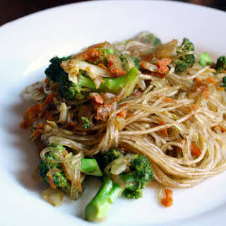 Chinese Five-Spice Noodles with Broccoli.