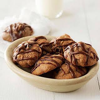 Almond-Chocolate-Cherry Cookies.