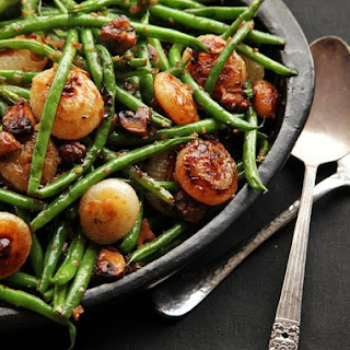 Sautéed Green Beans With Mushrooms and Caramelized Cipollini Onions