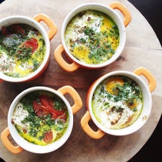 Oeuf Cocotte - little pans filled with love, for breakfast!.