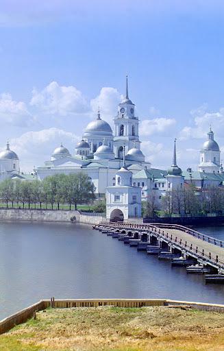 Монашество и монастыри России