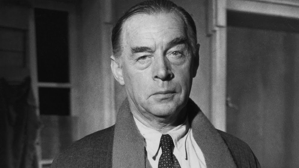 an analysis of erich maria remarque as an author and his times Erich maria remarque is considered one of the most significant war novelists in contemporary literature in his works, he displayed his concern for the physical and spiritual effects of the first world war on a generation in germany.
