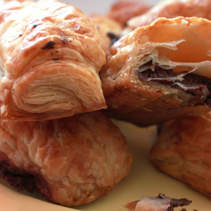 Chocolate Puff Pastry Pouches Recipe