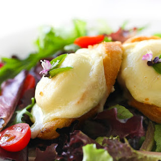 Salad with Warm Goat Cheese on Toasted BaguetteRecipe.