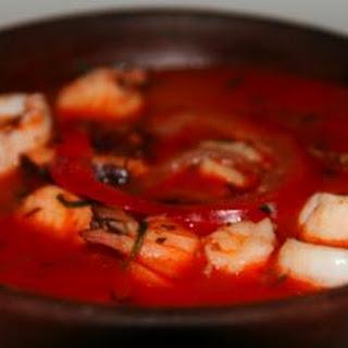 Parihuela Peruvian seafood stew