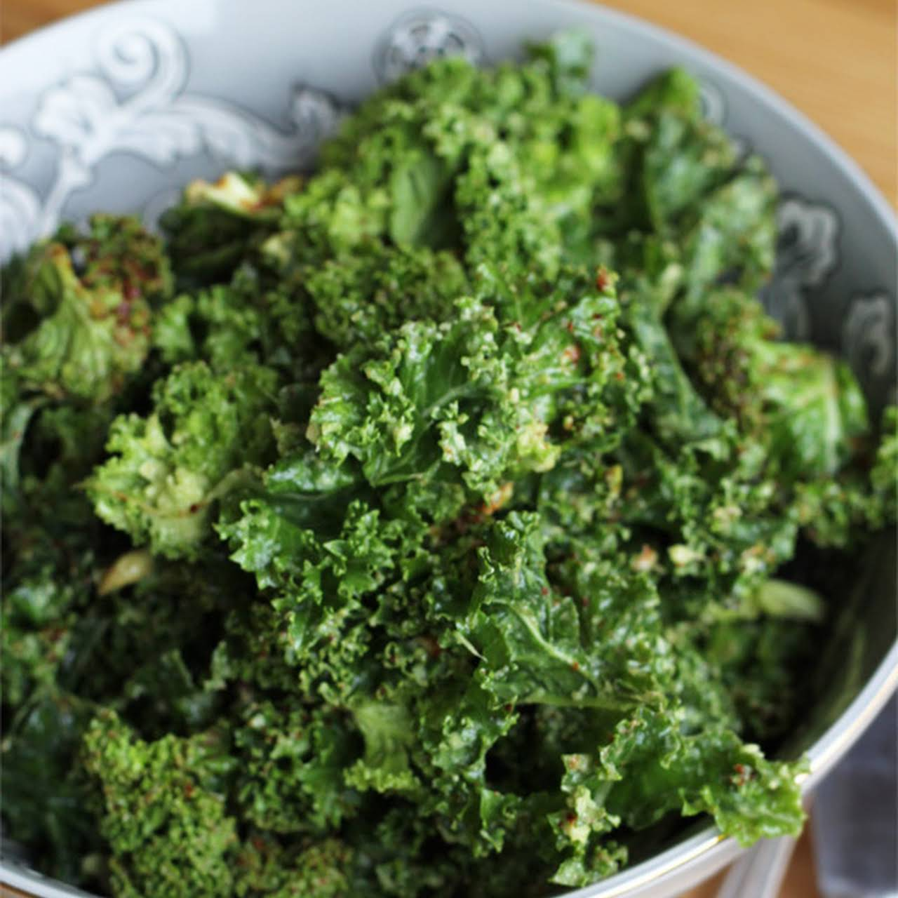 Simple And Creamy Kale Salad
